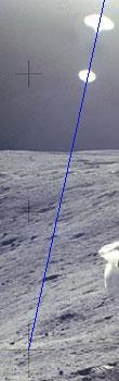 Фото NASA АS16-114-18423 (фрагмент). Блики от линз объектива.